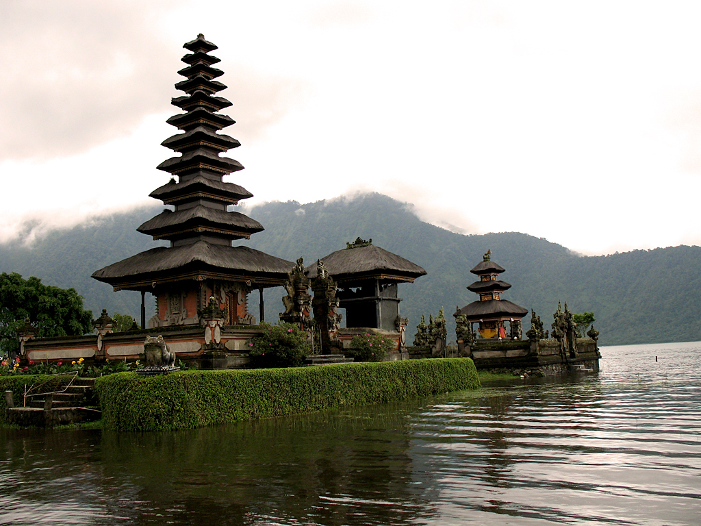 attractions in bali  indonesia