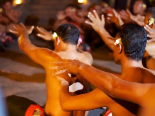 Kecak Fire & Trance Dance © McKay Savage