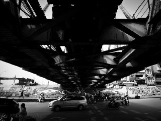 Long Bien Bridge © Tri Nguyen
