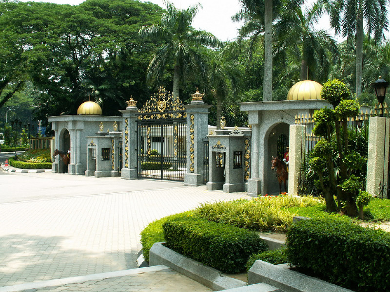 Royal palace in kuala lumpur attraction in kuala lumpur for Classic house kuala lumpur