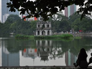 Hoan Kiem Lake (Lake of the Restored Sword) © David McKelvey