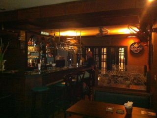 Finnegan's Irish Pub and Restaurant © Finnegansirishpub Hanoi