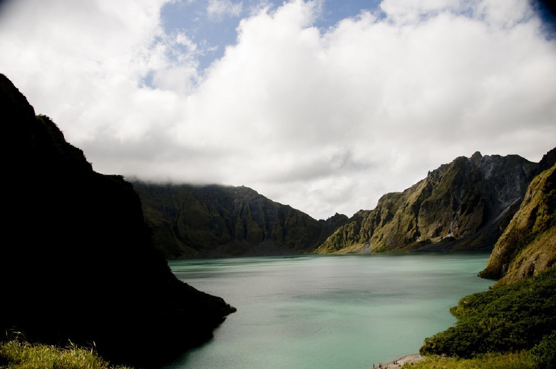 an introduction to mount pinatubo Experience mt pinatubo a day trek to the crater will reveal the beauty that it drew you will even forget its disastrous history pinatubo's crater can be done in a day, so if you are on a budget, you can save expenses for accommodation if you choose to head back home after the trek.