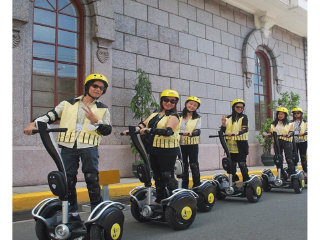 White Knight Electric Chariot Day Tours © Renzelle Mae Abasolo