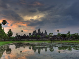 Siem Reap: Angkor Small Circuit Temples + Floating Village Day Tour © ecperez