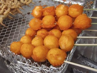 Tokneneng and kwek-kwek stall