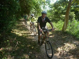 Grasshopper Adventures Day Tours by Bicycle © Grasshopper Adventures Day Tours