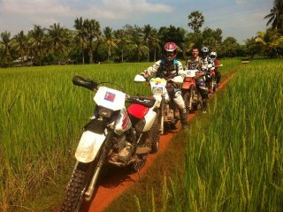 Dancing Roads Dirtbike Tours © Dancing Roads Dirtbike Tours