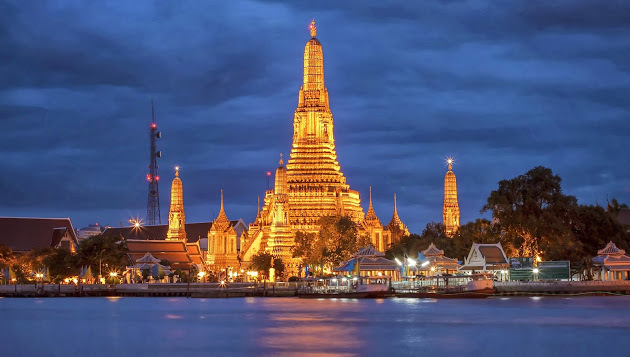 Temple of Dawn (Wat Arun) in Bangkok - Attraction in ...