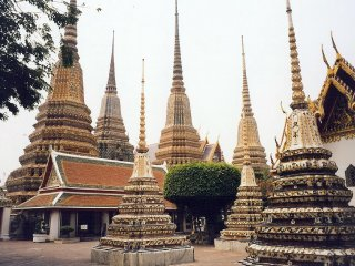 Temple of the Reclining Buddha (Wat Pho) © our-thailand-vacations