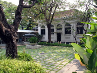 Neilson Hays Library © bangkokforvisitors