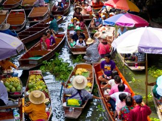 Taling Chan ( Floating Market) © cher-ry