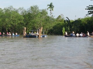 4 Holy Animal islands – Ben Tre