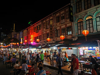 Singapore at Night: Cultural and Historical Tour of Chinatown © Allie_Caulfield