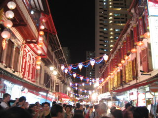 Singapore at Night: Cultural and Historical Tour of Chinatown © opengreenmap