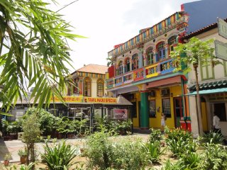 Singapore's Little India Walking Tour
