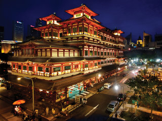 Buddha Tooth Relic Temple and Museum © William Cho