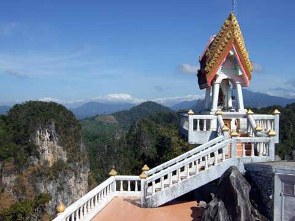 Wat Tham Suea Caves (Tiger Cave Temple) in Krabi ...