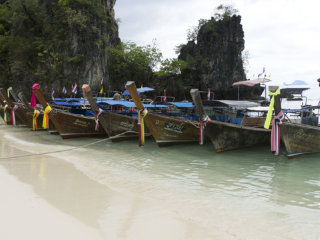 Hong Island by Speed Boat or Longtail Boat Join Tour © tripstorekrabi