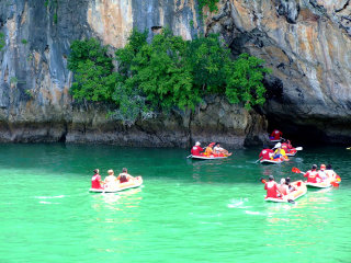 Hong Island by Speed Boat or Longtail Boat Join Tour © ptransportphuket