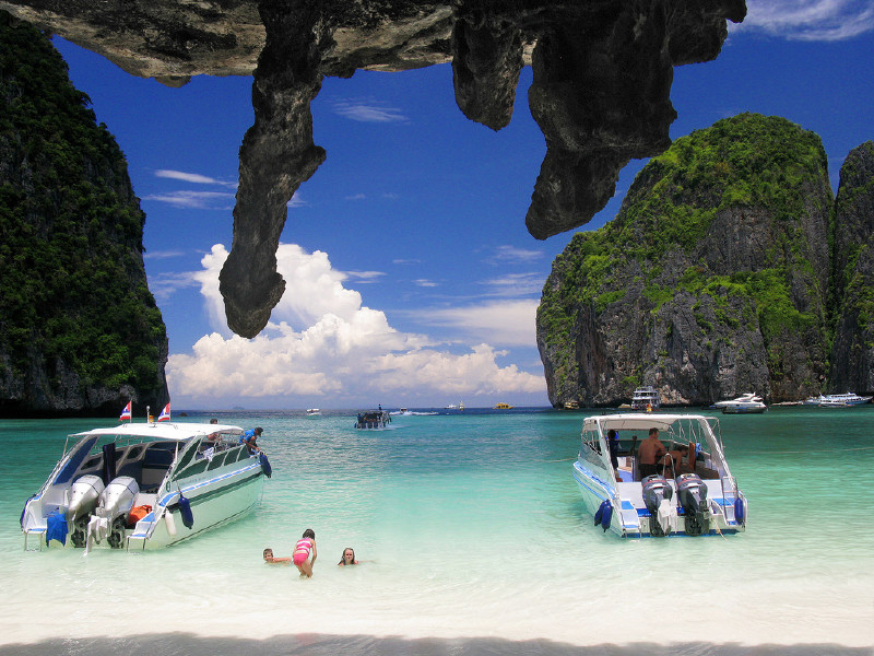 Phi Phi Islands by Speedboat Tour