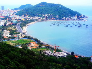 DISCOVERING VUNG TAU CITY