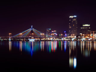 Da Nang By Night Tour