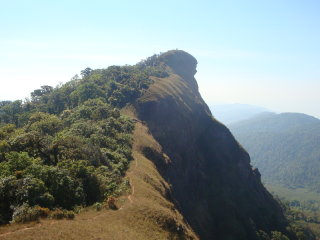 Doi Mon Chong Mountain © chiangmaihiking.