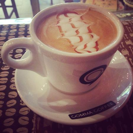 Comma coffee in vientiane restaurant in vientiane laos justgola - Restaurant la comma ...