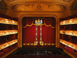 Royal Ballet Theatre © pinterest