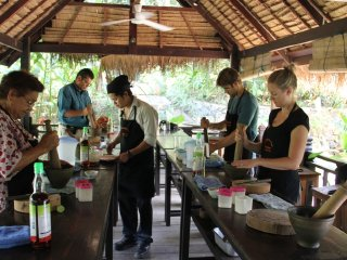 Tamarind's Lakeside Cooking School © exoticvoyages