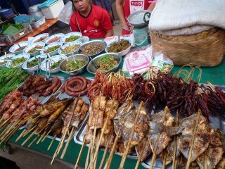 Vientiane Night Market © stackexchange