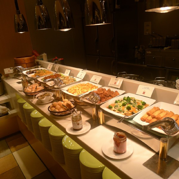 Asakusa View Hotel: Sky Grill Buffet & Bar Musashi on the 26F (from 19:45)