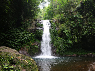 Gitgit Waterfall © Juan Antonio F. Segal