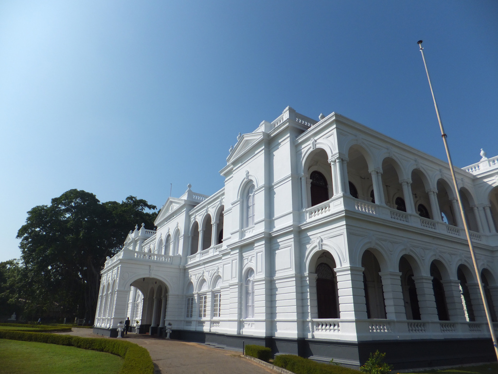 national museums in sri lanka Housed in an old early 19th century sinhalese manor known as ehelepola walauwa, the ratnapura national museum is unique in that it combines the disciplines of palaeontology, zoology, botany, geology and folk culture, all under one roof.
