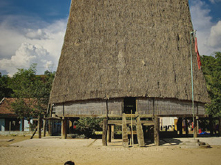 Cambodia Traditional House © Sam Antonio Photography