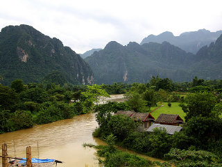 2 days with kids in Vang Vieng