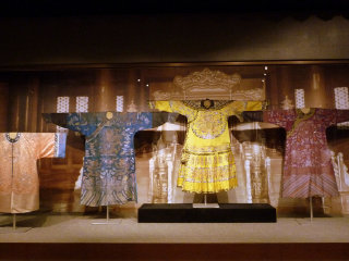 China National Silk Museum © https://www.flickr.com/photos/guccibear2005/