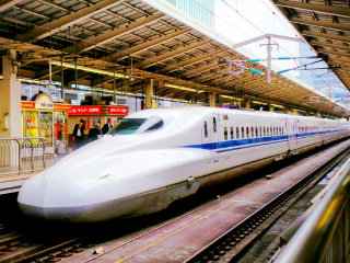 Bullet Trains Shinkansen © Tony & Wayne