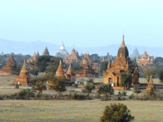 3 Days in Ancient Bagan © nitsuga