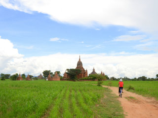 Biking in Bagan © stupiddream