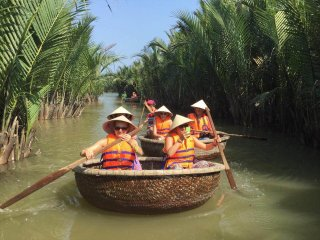 Cam Thanh Basket Boat Tour