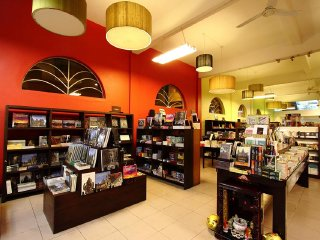 Monument Books © Monument Books and Toys Cambodia