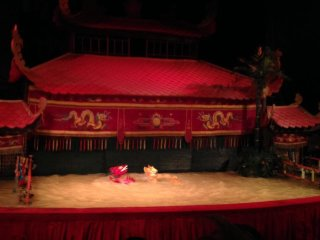 The Golden Dragon Water Puppet Theatre © Lee Jiyu