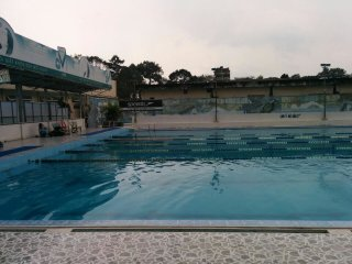 Lam Son Swimming Pool