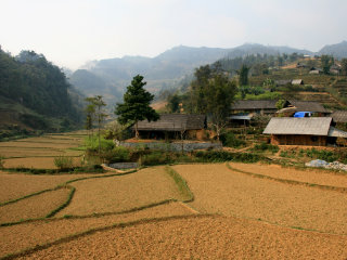 Market Trekking And Homestay Tour in Bac Ha area © Viet Sapa Travel
