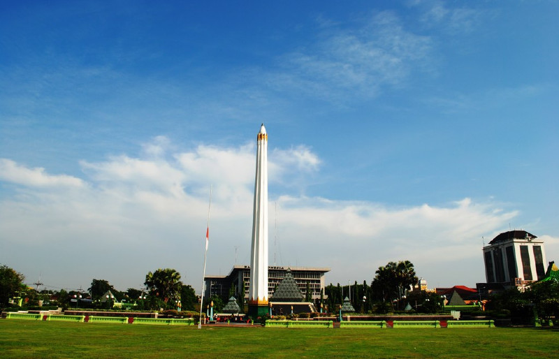 A five day round trip of Surabaya