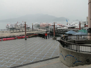 Shueishe Pier © Lily