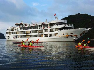 Starlight Cruise 5 star Halong Bay 3D2N