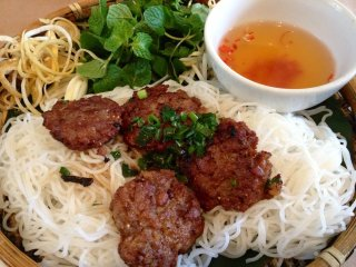 Hanoi Street Food Tour By Walking